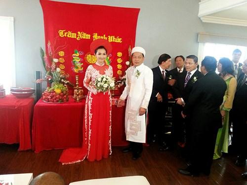 Kim Hiền hạnh phúc trong ngày cưới tại Mỹ - 9