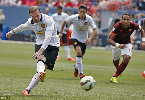 Roma - MU: Rooney rực sáng - 1