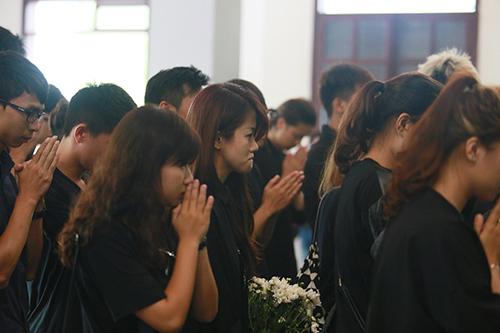 An Nguy khóc nức nở trước linh cữu Toàn Shinoda - 8