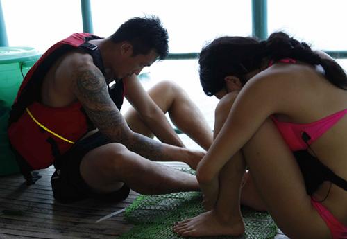 Hương Giang Idol diện bikini khoe dáng chuẩn - 10