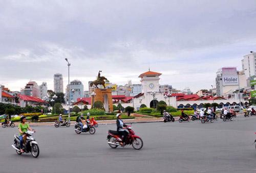 Di dời tượng Trần Nguyên Hãn, người Sài Gòn tiếc ngẩn ngơ - 1