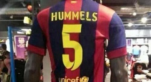 Rộ tin Barca đã chiêu mộ xong trung vệ Hummels - 1