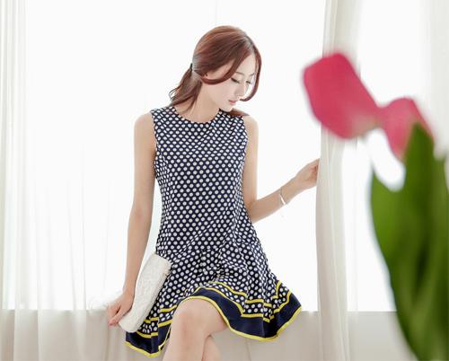 Những mẫu váy mùa hè mát mẻ và tuyệt đẹp - 4