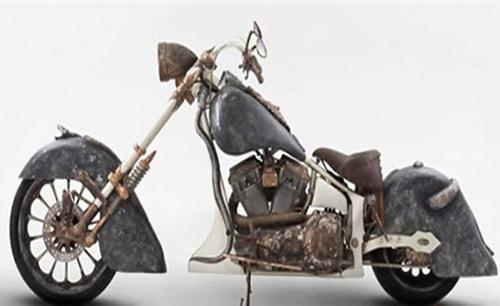 Chiếc xe máy đắt nhất thế giới làm từ hàng trăm kilogam vàng - 4