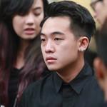 Bạn trẻ - Cuộc sống - Dàn hot teen mặc áo đen viếng Toàn Shinoda