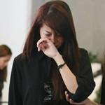 Bạn trẻ - Cuộc sống - An Nguy khóc nức nở trước linh cữu Toàn Shinoda