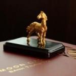 Thị trường - Tiêu dùng - Gần 6 triệu đồng một hộp bánh trung thu ngựa mạ vàng