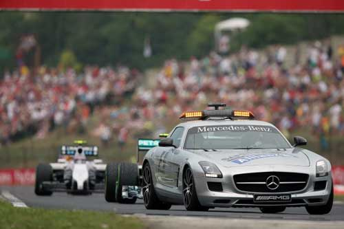 Mất lái, tay đua F1 đối mặt với tử thần - 4