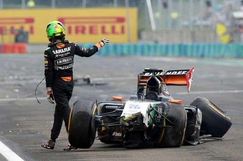 Mất lái, tay đua F1 đối mặt với tử thần - 7
