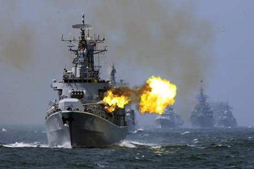Trung Quốc diễn tập bắn đạn thật ở Biển Đông - 2