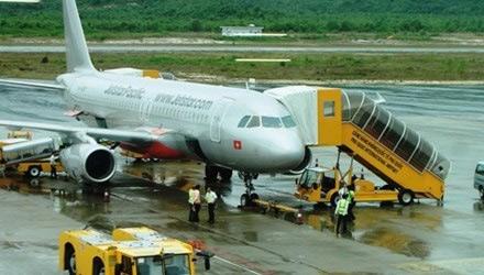 Máy bay Jetstar mất liên lạc: Đình chỉ kiểm soát không lưu - 1