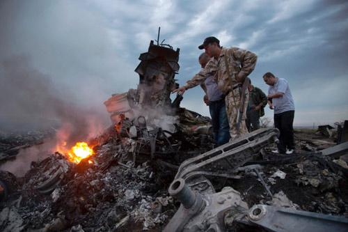 Báo Nga: Quân đội Ukraine bắn rơi MH17 khi diễn tập - 3