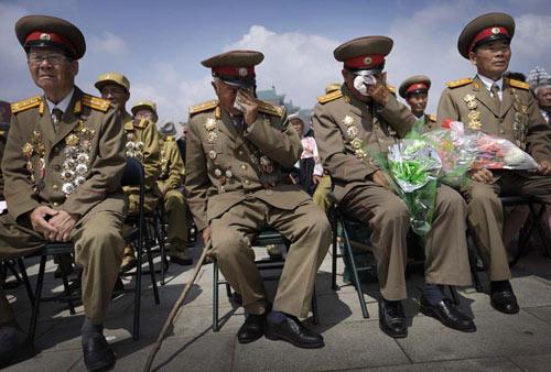 Triều Tiên bắn pháo hoa kỷ niệm ngày đình chiến - 3