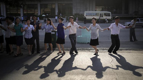 Triều Tiên bắn pháo hoa kỷ niệm ngày đình chiến - 2