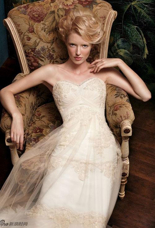 Đẹp xao lòng cùng váy cưới cổ điển - 5