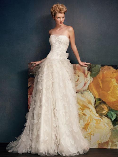 Đẹp xao lòng cùng váy cưới cổ điển - 6