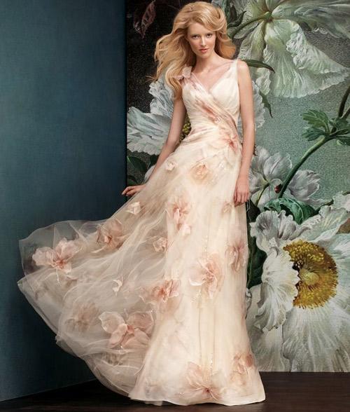 Đẹp xao lòng cùng váy cưới cổ điển - 7