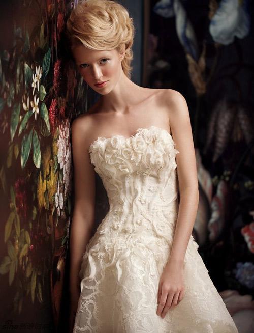 Đẹp xao lòng cùng váy cưới cổ điển - 8