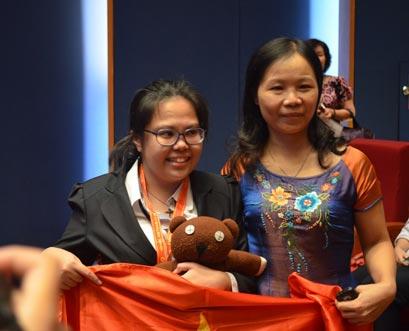 Việt Nam giành 2 huy chương Vàng Hoá học quốc tế - 1