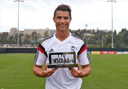 Đánh bại Robben & Messi, Ronaldo giành giải GOAL 50 - 1