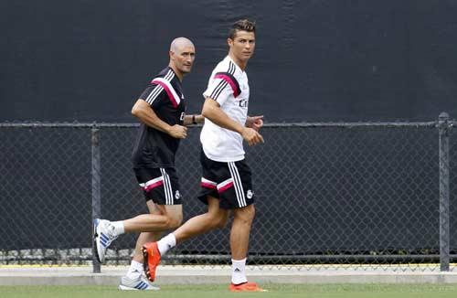 Ronaldo trở lại: Một người khỏe, cả đội vui - 2