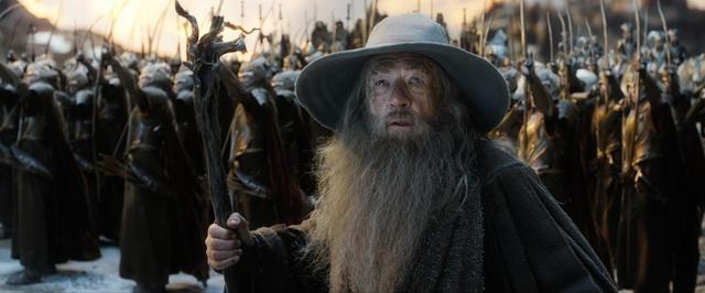Trailer nóng hổi về đại chiến ở xứ sở người lùn Hobbit - 8