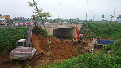 Khởi tố vụ án hình sự sau 9 lần vỡ ống nước sông Đà - 1