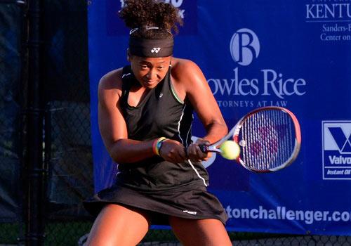 Serena mạnh mẽ trở lại WTA Stanford, Stosur thua tay vợt hạng 406 thế giới - 4