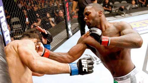 """UFC: Hạ gục """"huyền thoại"""" chỉ sau 44 giây - 1"""