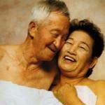 """Phim - Cặp vợ chồng U80 """"tình"""" nhất màn ảnh Hàn"""