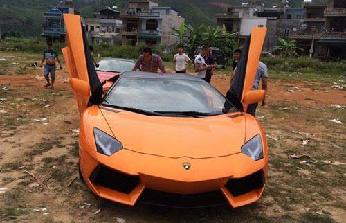 Lamborghini Aventador màu vàng vừa về Quảng Ninh - 3
