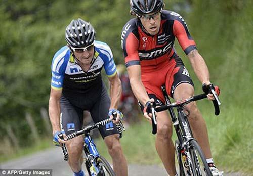 Cuarơ tham dự Tour de France đăng tải bức ảnh gây sốc - 2