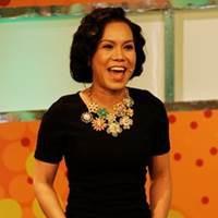 Việt Hương lần đầu làm MC gameshow với dàn sao