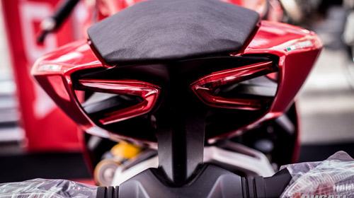 Ngắm Ducati 899 Panigale vừa ra mắt tại Việt Nam - 4