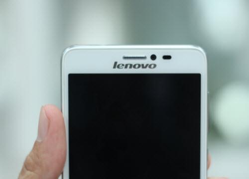 Trên tay Lenovo S850 thời trang vừa ra mắt - 6