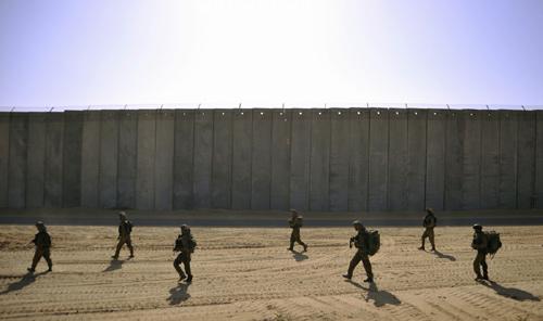 Vì sao Israel ném bom giết hàng trăm người Palestine? - 4