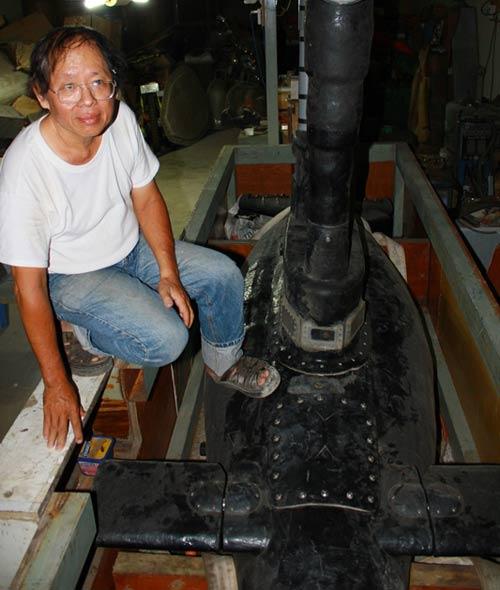 Gặp người đàn ông chế tạo tàu ngầm xuất ngoại - 1