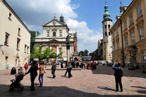Đẹp tráng lệ cung điện Hoàng gia cổ ở Ba Lan - 14