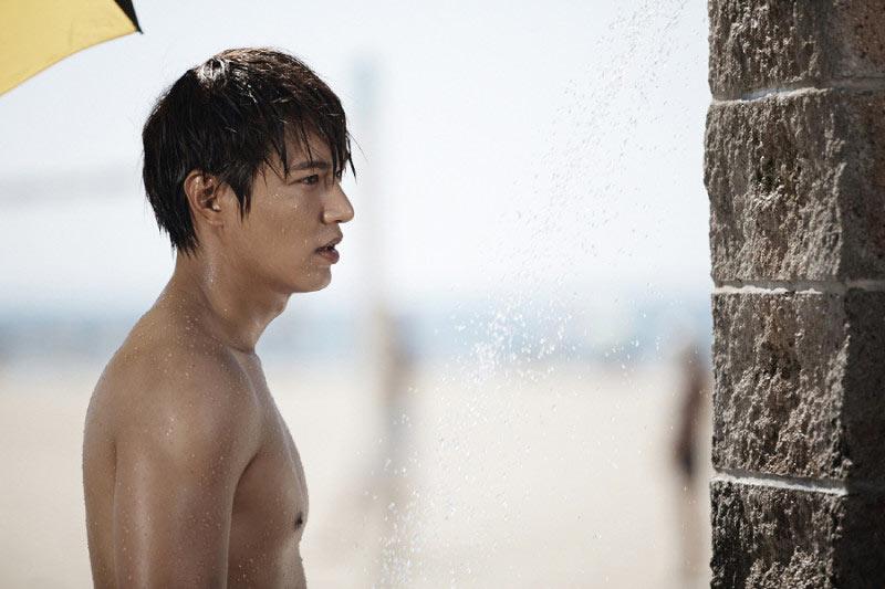 Phim của Lee Min Ho lại gây sốt với 10 khoảnh khắc đẹp - 1