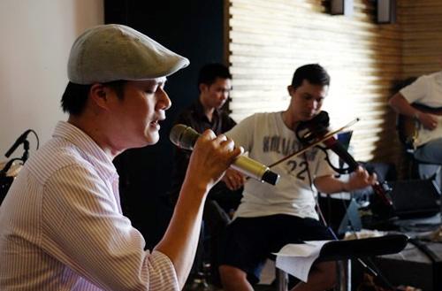Mr. Đàm, Mỹ Tâm ngồi bệt tập hát - 10