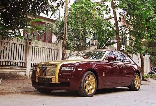 6 xe sang mạ vàng ấn tượng ở Việt Nam - 3