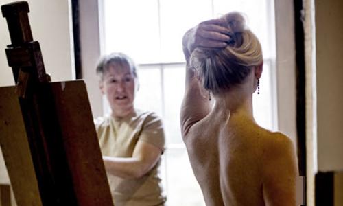 Tủi phận nghề làm người mẫu khỏa thân - 1