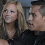 """Bóng đá - Có bồ đẹp, Alexis Sanchez vẫn """"ăn vụng"""" với gái làng chơi"""