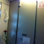 Tin tức trong ngày - Khách Hàn Quốc hút thuốc trong toilet trên máy bay VNA