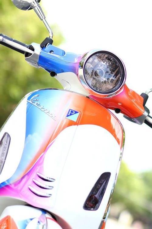 Vespa Primavera sơn phối màu hình nền điện thoại Sony - 2