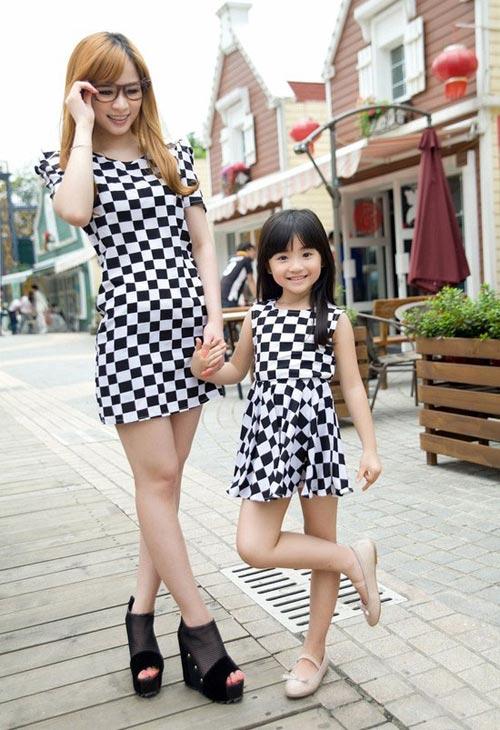 Bí quyết may váy đôi đẹp cho mẹ và bé - 2