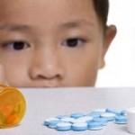 Sức khỏe đời sống - Cứu sống bé gái ngộ độc thuốc tâm thần của người lớn