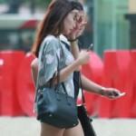 Thời trang - Túi đẹp theo chân gái xinh đi chơi phố Hà thành