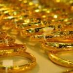 """Tài chính - Bất động sản - Vàng ngoại """"đủng đỉnh"""" nhìn vàng nội giảm"""