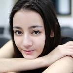 Thời trang - Hoa khôi 9x Trung Quốc tung ảnh tốt nghiệp lung linh